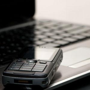 Что такое СМС-вирусы. Как избавиться от блокеров системы и баннеров в случае заражения